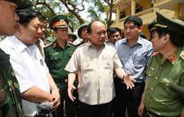 Thủ tướng kiểm tra, chỉ đạo công tác khắc phục hậu quả bão số 10 tại Nghệ An