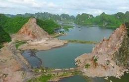 Nhiều núi đá ở vịnh Hạ Long bị đục đẽo nham nhở