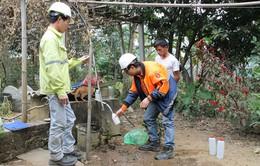 Quảng Ngãi: Lấy mẫu nước sinh hoạt ở khu tái định cư An Hội Bắc để kiểm tra