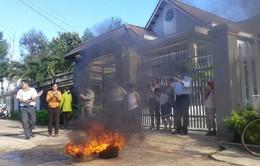 Ngày càng nhiều nước giếng đốt cháy ở buôn Jù (Đăk Lăk)