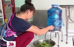 Hàng trăm hộ dân tại TP.HCM bức xúc vì thiếu nước sạch