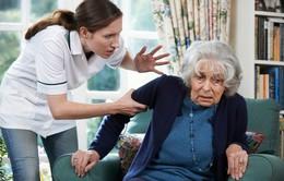 Viện dưỡng lão tại Mỹ: Cứ 5 người lại có 1 người bị ngược đãi