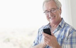 Người cao tuổi Australia chuộng điện thoại thông minh