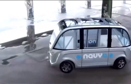 Trung Quốc: Baidu chuẩn bị sản xuất xe bus không người lái