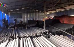 Tạm giam đối tượng làm giả hàng nghìn ống nhựa Tiền Phong