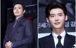 """Quý ông U50 Jang Dong Gun khoe vẻ lịch lãm, """"đánh bật"""" đàn em Lee Jong Suk"""