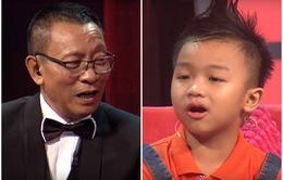 """Mặt trời bé con: Nhà báo Lại Văn Sâm thích thú với cậu bé """"bắn"""" tiếng Anh như... tiếng Thái"""
