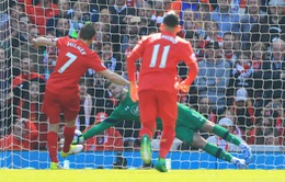 VIDEO Liverpool 0-0 Southampton: Top 4 lung lay sau trận hòa thất vọng