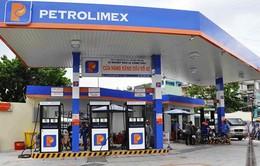 Petrolimex tạm ngừng nhập khẩu xăng dầu vì giá bán trong nước thấp hơn