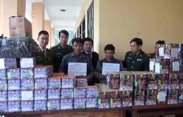 Thanh Hóa: Bắt giữ xe biển số Lào vận chuyển pháo