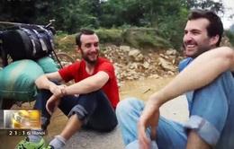 Hai bạn trẻ Pháp trải nghiệm con đường xe thồ Sông Mã - Điện Biên