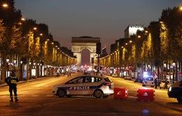 IS nhận trách nhiệm vụ nổ súng giữa trung tâm Paris, Pháp