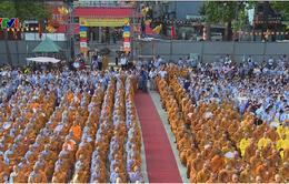 Phật tử TP.HCM mừng Đại lễ Phật đản 2017