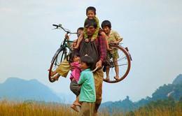 Cảnh sắc thiên nhiên Việt Nam kỳ ảo trong trailer phim Cha cõng con