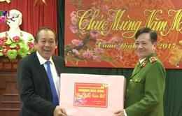 Phó Thủ tướng Trương Hòa Bình kiểm tra công tác bảo đảm an toàn trật tự dịp Tết