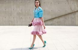 Diện trang phục NTK Việt, Hoa hậu Sella Trương vẫn nổi bật đến thế này