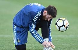 Messi hớn hở ở Melbourne chờ đại chiến với Brazil