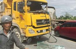 Hai xe tải tông trực diện, 1 tài xế tử vong