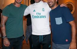 Becks tay bắt mặt mừng với đồng đội cũ ở Real