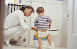 Nhiều bé trai có nguy cơ vô sinh do sự chủ quan của bố mẹ