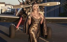 Rihanna xuất hiện cực ngầu trên tạp chí Harper's Bazaar U.S