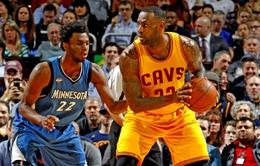 LeBron James và Kyrie Irving tỏa sáng giành chiến thắng cho Cleveland Cavaliers
