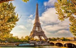 Những sự thật kì lạ về tháp Eiffel mà bạn không biết