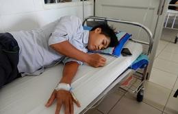 Không có tiền đóng viện phí, ông bố trẻ bị bệnh viêm màng não mủ xin về nhà chết