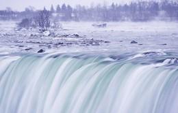 """Ngọn thác hùng vĩ nhất thế giới """"đông cứng"""" trong cái lạnh -67 độ C"""