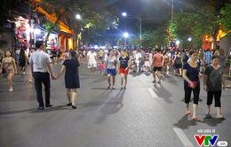 Phố đi bộ hồ Hoàn Kiếm được đánh giá là điểm đến hấp dẫn sau 10 tháng thí điểm