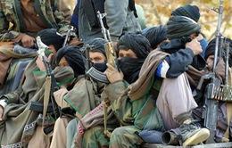 Afghanistan: Phụ nữ cầm súng chống phiến quân