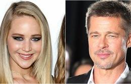 Vừa chia tay bạn trai đạo diễn, Jennifer Lawrence bị đồn cặp kè Brad Pitt