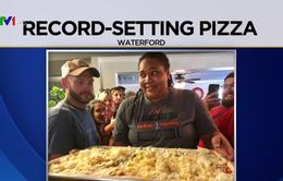 Bánh pizza làm từ 112 loại pho-mát