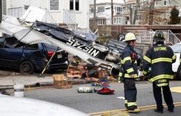 Máy bay lao xuống đường phố New Jersey