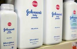 Johnson & Johnson phải bồi thường 417 triệu USD cho bệnh nhân ung thư buồng trứng