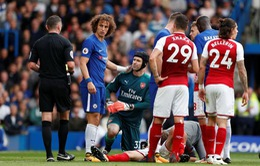 Sao Chelsea thi đấu hết cả hiệp mà không biết bị gãy tay
