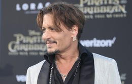 Johnny Depp trở lại mạnh mẽ với Pirates Of The Caribbean: Dead Men Tell No Tales