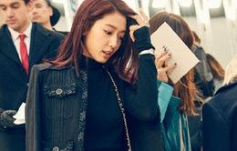 Park Shin Hye sang chảnh dự show của Chanel