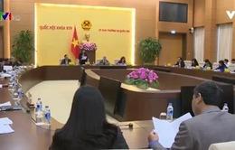 Ủy ban Tư pháp thảo luận về phòng chống xâm hại trẻ em