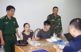 Quảng Ninh: Bắt cặp vợ chồng vận chuyển hơn 2,4 kg ma túy
