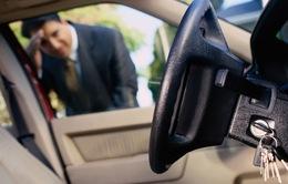 Những tình huống đáng tiếc do chủ xe quên rút chìa khóa