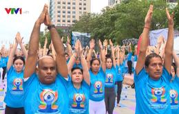 500 người tham gia Ngày hội Quốc tế Yoga lần thứ 3