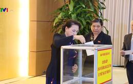 Lãnh đạo Đảng, Nhà nước quyên góp ủng hộ đồng bào bị thiên tai