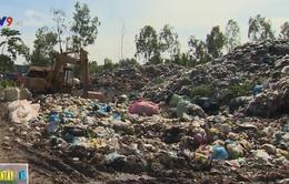 Ô nhiễm nặng do bãi rác tại khu dân cư ở An Giang
