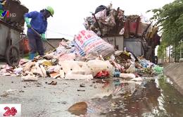 Rác tràn ngập thị xã Sơn Tây, môi trường ô nhiễm, người dân khốn khổ
