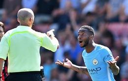"""Bournemouth 1-2 Man City: """"Người hùng"""" Sterling báo hại đội nhà vì ăn mừng quá nhiệt"""