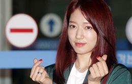 Ăn vận giản dị, Park Shin Hye vẫn khiến phái mạnh điêu đứng
