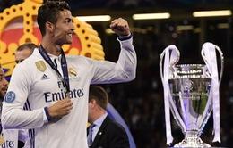 Lập cú đúp vào lưới Juventus, Ronaldo thiết lập kỉ lục mới tại Champions League