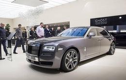 Xe Rolls-Royce sơn bằng bụi của 1.000 viên kim cương