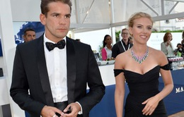Scarlett Johansson chia tay chồng sau 2 năm kết hôn